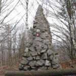 travel-slovenia-pugled-nob-spomenik-view