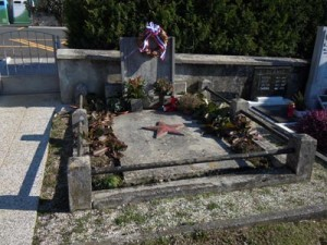 Grobnica padlih v NOB