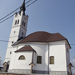 travel-slovenia-bevke-cerkev-view