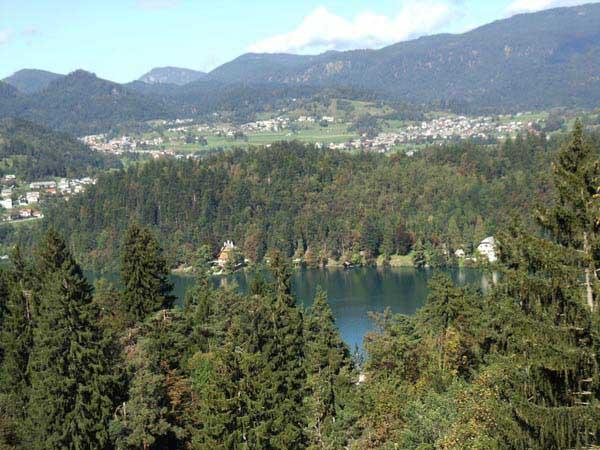 travel-slovenia-visce
